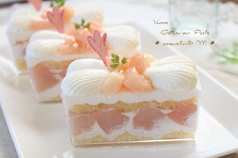 059桃のショートケーキ