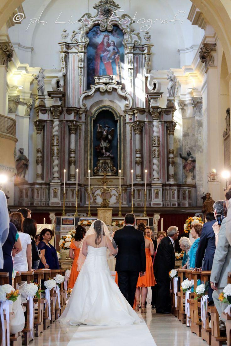 Catholic ceremony wedding by SposiamoVi Puglia