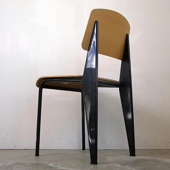 Mid-Century MODERN Blog Jean Prouve / Standard Chair (Vitra) 入荷しました。