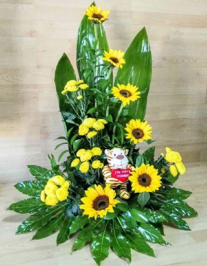 envo a domicilio de un centro de flores para regalar con flores amarillas