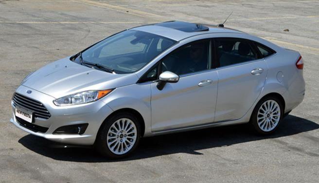Ford Fiesta Sedan : 2016 www.villaford.com