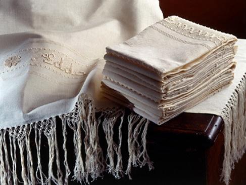 Asciugamani in lino lavorati a mano... Artigianato Sardo originale...