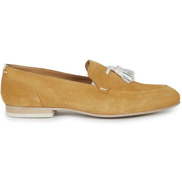 TOPMAN House of Hounds Tan Suede Apron Tassle Loafers ($110) ❤ liked on Polyvore featuring men's fashion, men's shoes, men's loafers, brown, mens brown shoes, suede tassel loafers mens shoes, mens suede shoes, topman mens shoes and mens brown loafer shoes