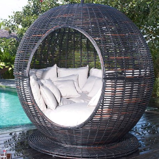 Perfect to lounge in by the huge infinity pool I'm going to have! ;)