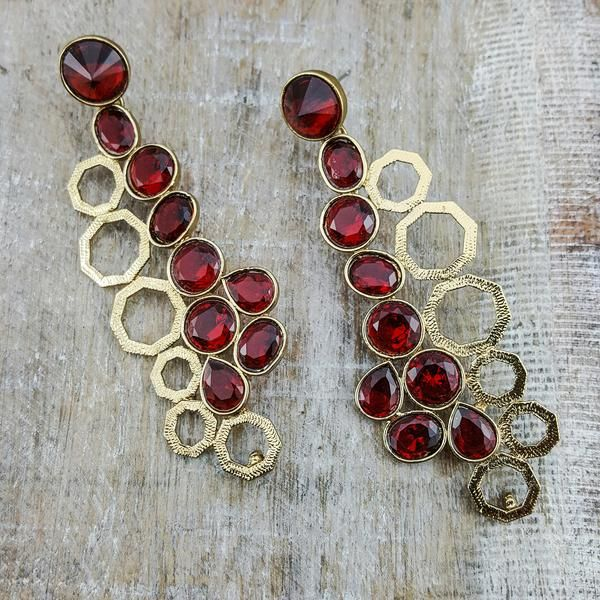 Nera (Deep Red) - These statement dangling earrings dressed up with parallel octagonal shapes delivers the ruby red drama in a tasteful manner.