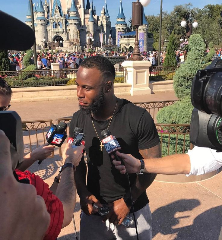 Super Bowl Champion Patriots running back James White being interviewed by media at Walt Disney World's Magic Kingdom. We'll have video of him in the parade with characters on our YouTube channel. #SuperBowl #patriots #patriotsnation #disney #disneyworld #football #twitter #magickingdom #sports #wdw