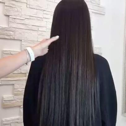 Супер супер крутое наращивание волос 60 см  Славянские волосы очень мягкие на ощупь просто   3 часа и Вы получите длинные волосы о которых все мечтают   На 16 марта есть окошки 11:0014:0017:00  +79037992651  _______________________  #наращиваниеволос #наращиваниеволосмосква #коррекцияволос #снятиеволос #волосымосква