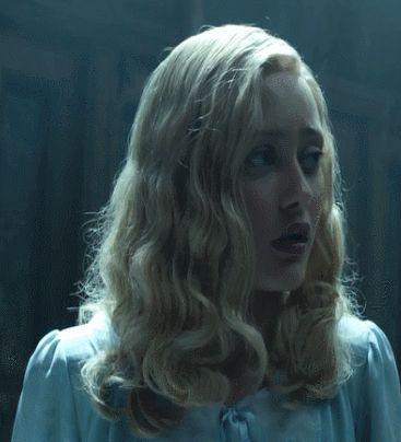 miss peregrine's home for peculiar children, ella purnell, emma bloom