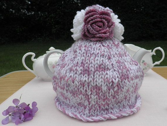 Rosie Raspberry Ripple Cosy  chunky hand knitted by TeabeaKnits