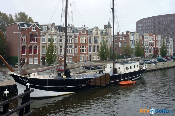Oosterhaven. Very nice ship!