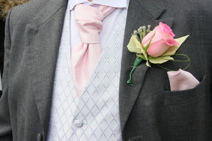 Stylish, timeless Pink & Grey for your groom