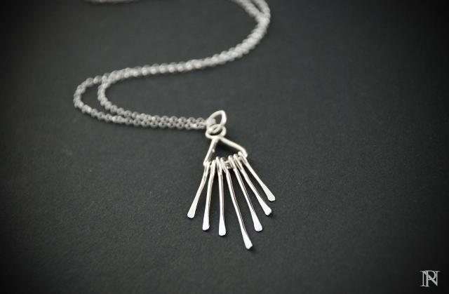 Minimalist pendant