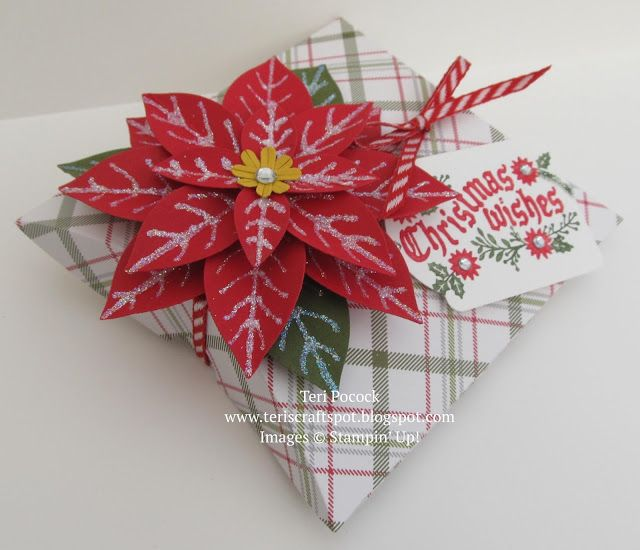 Stampin' Up - Sneak Peek - Square Pillow Box Thinlits with Festive Flower Punch .... Teri Pocock - http://teriscraftspot.blogspot.co.uk/2015/08/sneak-peek-square-pillow-box-thinlits.html