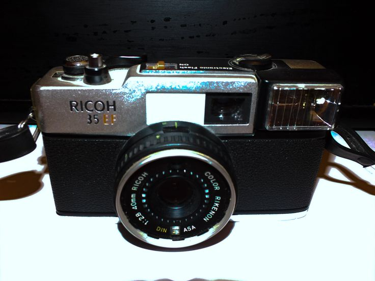 Ricoh 35 EF Range Finder camera