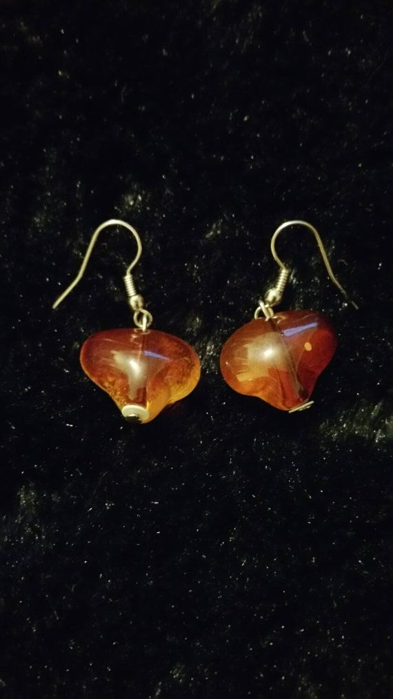 Check out this item in my Etsy shop https://www.etsy.com/ca/listing/252759135/xmas-sale-vintage-amber-white-lampworks