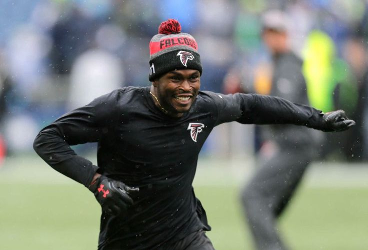 Falcons vs. Seahawks:    October 16, 2016  -  26-24, Seahawks  -    Atlanta Falcons wide receiver Julio Jones warms up in the rain before an NFL football game against the Seattle Seahawks, Sunday, Oct. 16, 2016, in Seattle.