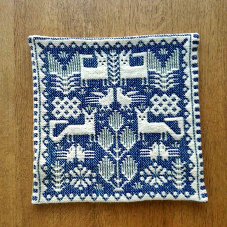 ヤノフ村の織物 クッションカバー(34×33cm) 鳥とキツネ #875