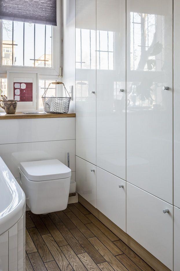 #Bathrroom #project @jacektryc Foto @Marcin Czechowicz Stylizacja @Marynia Moś Publikacja https://pl.pinterest.com/mjakmieszaknie/  #drewno #wood #inbathroom #włazience #małałazienka #smallbathroom #łazienka  #aranżacjawnętrz #warszawa #JacekTryc #tryc #projektant #architekt