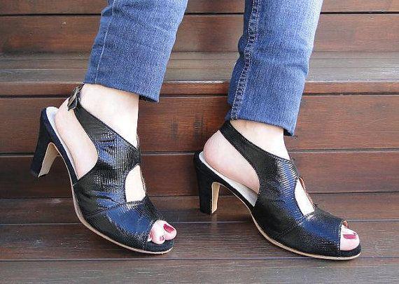 Mira este artículo en mi tienda de Etsy: https://www.etsy.com/es/listing/190760046/high-heel-leather-handmade-shoes-women
