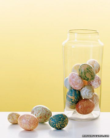 Martha's marbleized eggs