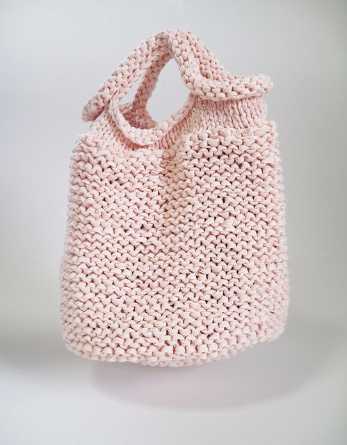 Inspiration - simple knitted bag