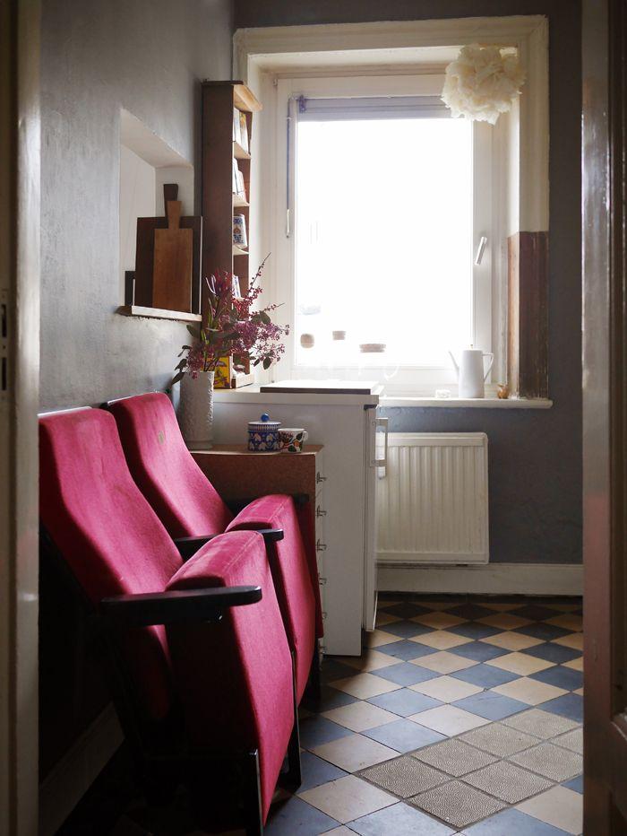 die besten 25 kinosessel ideen auf pinterest kleiner. Black Bedroom Furniture Sets. Home Design Ideas