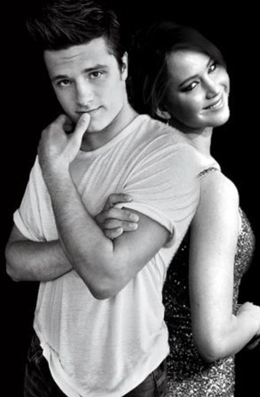Josh Hutcherson and Jennifer Lawrence
