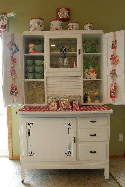 458 best images about kitchens 1940 39 s 1950 39 s on pinterest for Antique red kitchen cabinets