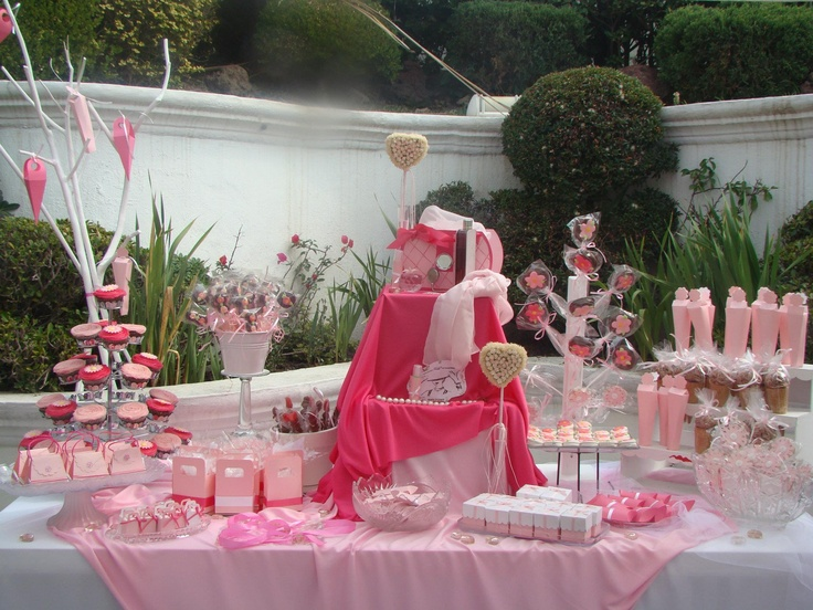 393 best images about mesas de dulces y postres para for Ideas para decorar mesa de dulces