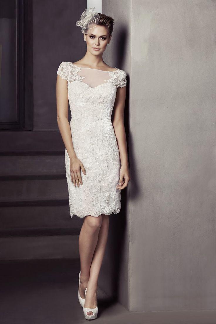 Harika Dantelli Beyaz Nikah Elbiseleri