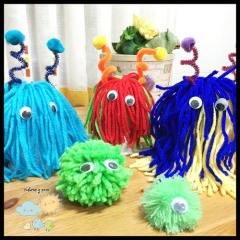 Monstruos con pompones