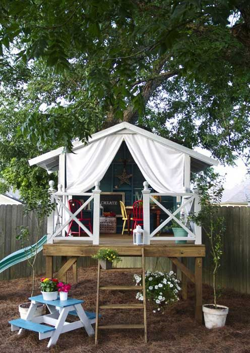 Cute play house or retreat for th' MOM!