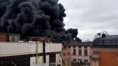 Massive blaze rages at St. Petersburg tractor plant (PHOTO, VIDEO) https://tmbw.news/massive-blaze-rages-at-st-petersburg-tractor-plant-photo-video  Published time: 12 Jul, 2017 10:58Edited time: 12 Jul, 2017 11:07A large fire spanning nearly 1,000 square meters broke out at the tractor manufacturing division of St. Petersburg's Kirov factory at around midday. Two helicopters have been dispatched to the scene, according to the city's emergency ministry.[embedded content]Some 104 firefighters…