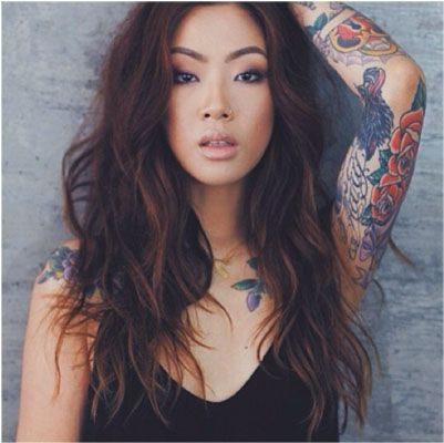 Claire Marshall Hey Claire Twitter: @heyclaireee Instagram: @Claire Rodriguez-David