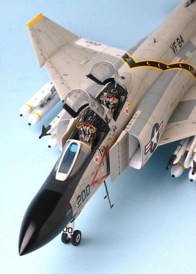 1/48 Hasegawa F-4J Phantom II by Adrian 'DREN' Garza