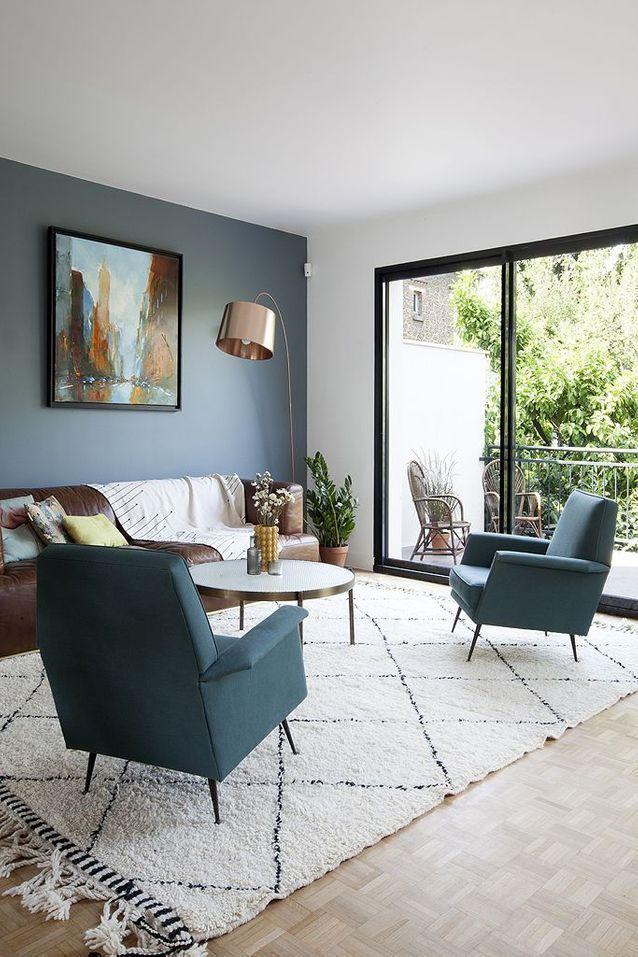 Une maison des années 70 métamorphosée - Elle Décoration en 2020 | Décoration salon gris, Deco ...