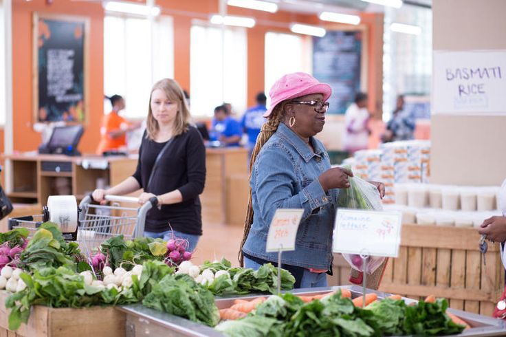 This Grocery Store From Trader Joe's Ex-President Makes Healthy Food As Cheap As Junk Food