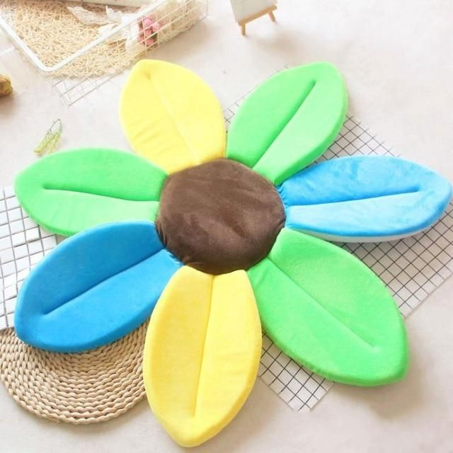 The Baby Shower Flower In 2020 Baby Bath Tub Baby Shower Flowers Baby Bath Mats