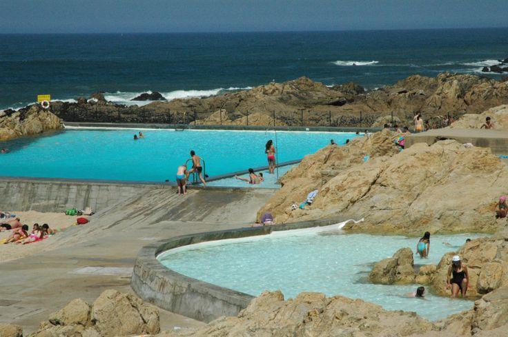 Piscina das mar s piscinas de gua salgada na praia de for Constructor piscinas