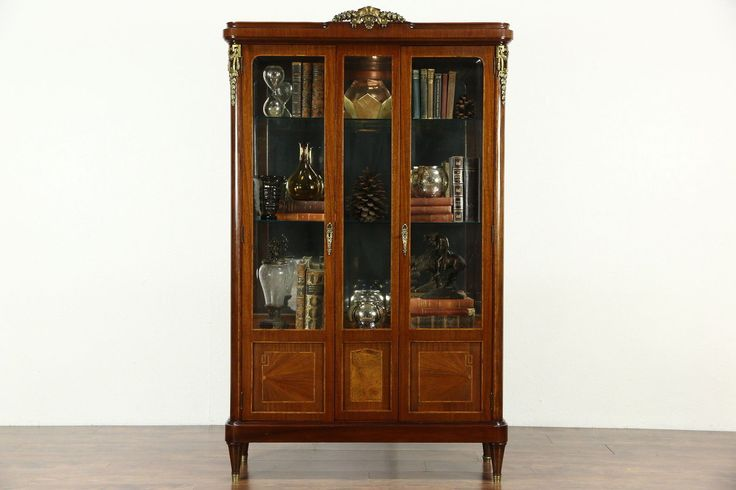 1000 Ideas About Curio Cabinets On Pinterest Decor Cabinet Decor And Russells