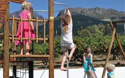 10 Family friendly wineries