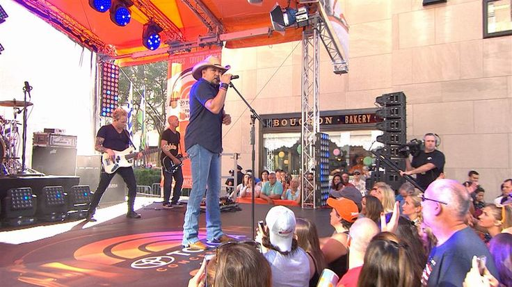 Jason Aldean Rocks 'Today Show' Concert Series