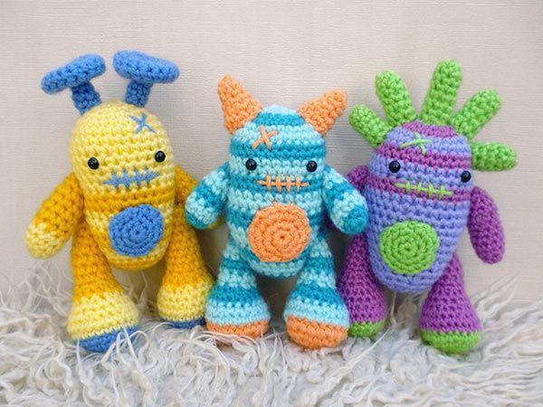 Mini Monsters amigurumi pattern by Janine Holmes at Moji ...