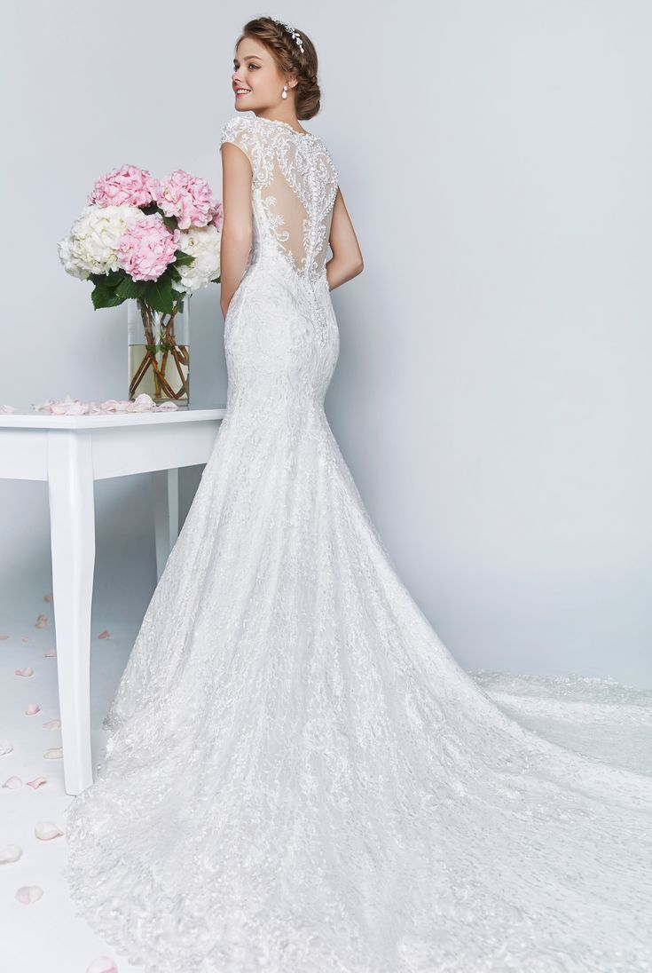 Wedding Rental Wedding Dresses 17 migliori idee su wedding gown rental pinterest guaina browse our elegant collection of gowns in every style and silhouette including ball gowns