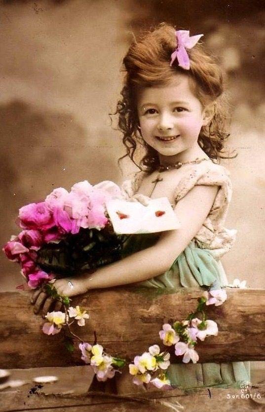Поздравление, детские фото на открытках