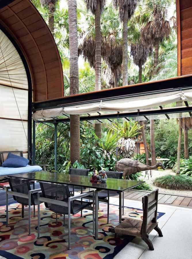 Garden House with glass garage door...this is fabulous!