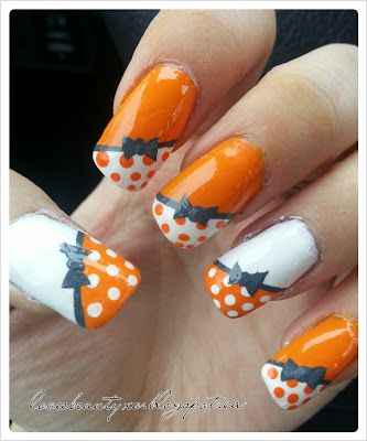 Nail art DIY on blog...maybe in a different color?