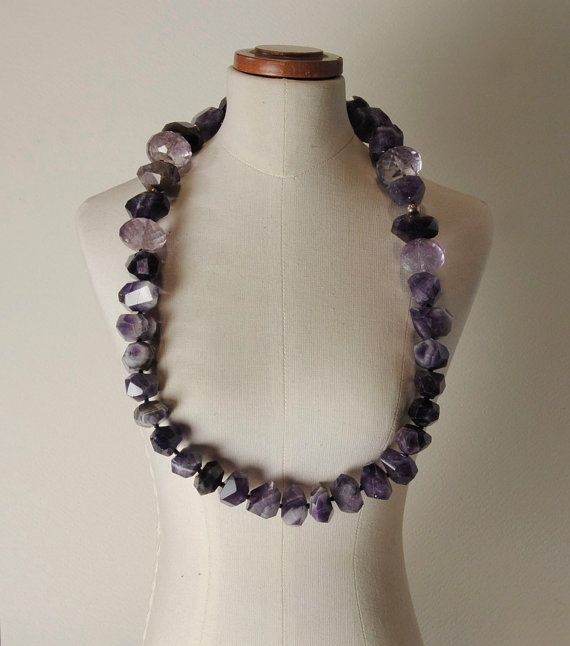 Amethyst and 925% Silver closure necklace