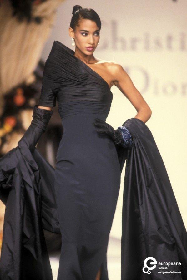 Christian Dior, Autumn-Winter 1990, Couture on www.europeanafashion.eu