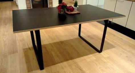 DIY ruokapöytä: korkeapainelaminaattia ja metallijalat